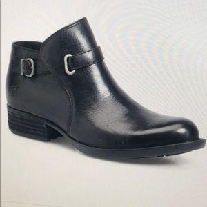Born black short moto boots size 8.5